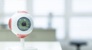 Schluss mit Mythen über das Augenlasern